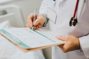 Mit Herpes zum Arzt